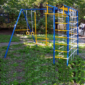 Детские площадки для дачи Kampfer